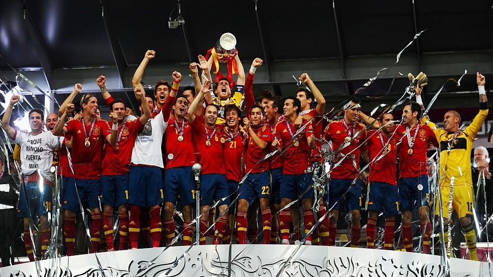 Красная фурия - победитель на Евро 2012